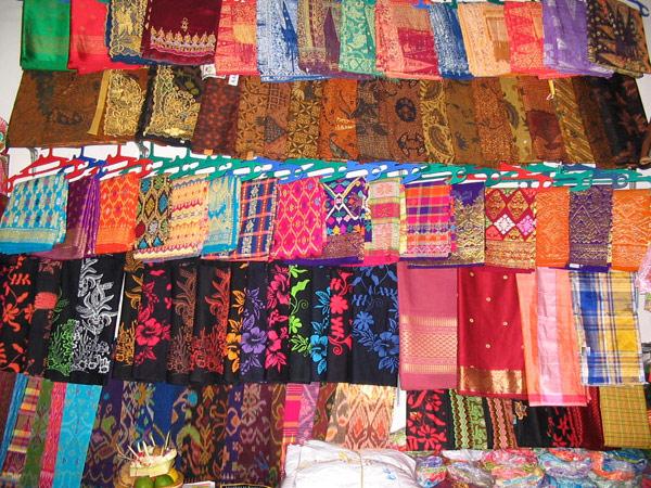 Балийские ткани могут стать отличным сувениром на память.