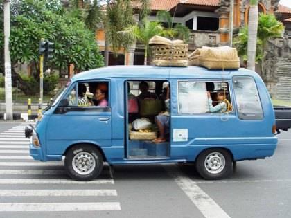 Транспорт Бемо на Бали